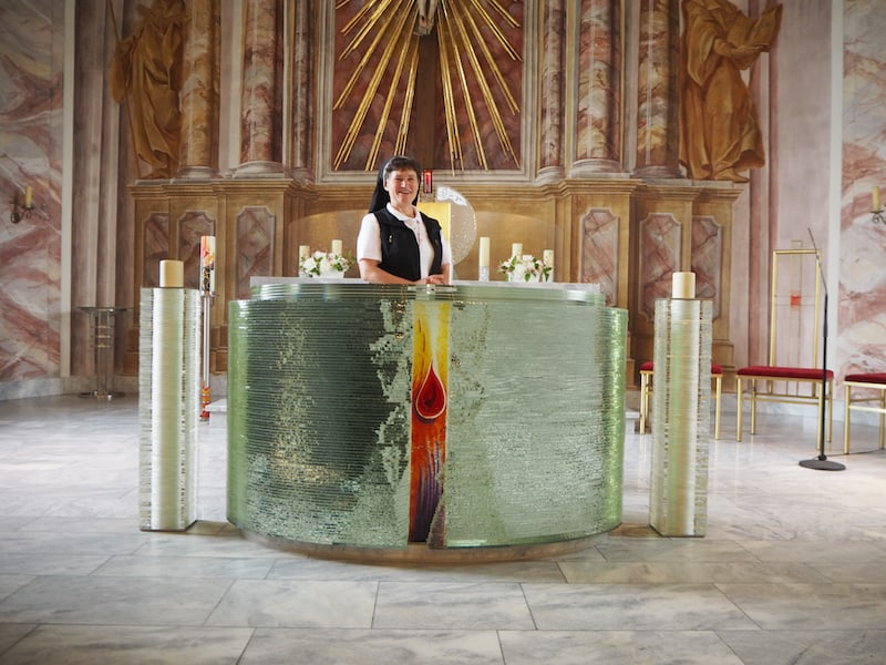 Apropos himmlisch: Die Klosterkirche müsst Ihr natürlich auch kennenlernen - betont weiblich, wie ich finde ...