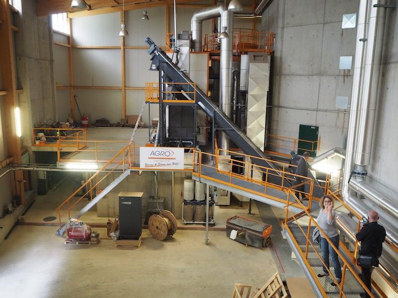 ... die uns in dieses modernste Kraftwerk ganz nah der Stadt Murau führen, welches erst vor wenigen Jahren eröffnet hat und seither zu einer gewissen Energie-Autarkheit der Region beiträgt ...