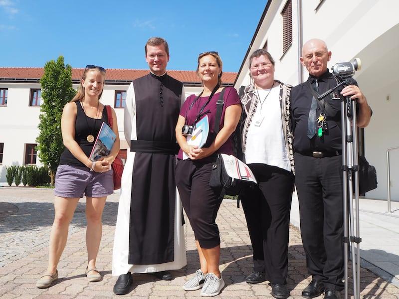 Vielen Dank für den überaus interessanten Einblick, Pater Johannes Paul!
