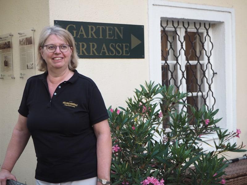 """... bei der herzlichen und überaus bemühten Gastgeberin Irene Moser und """"ihrer Höldrichsmühle"""" ..."""