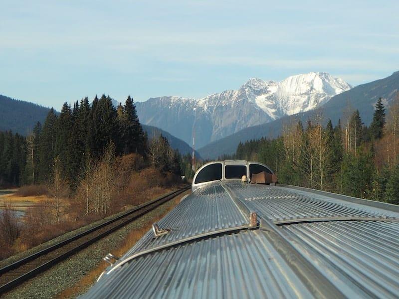 Mit dem Zug durch die Rocky Mountains: Eine tolle Alternative zu jedem Roadtrip ...