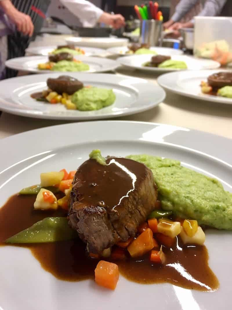 ... sowie die dazu passenden Speisenfolgen, die wir in Thomas Hüttl Kochstudio in Wien kreiert haben ...
