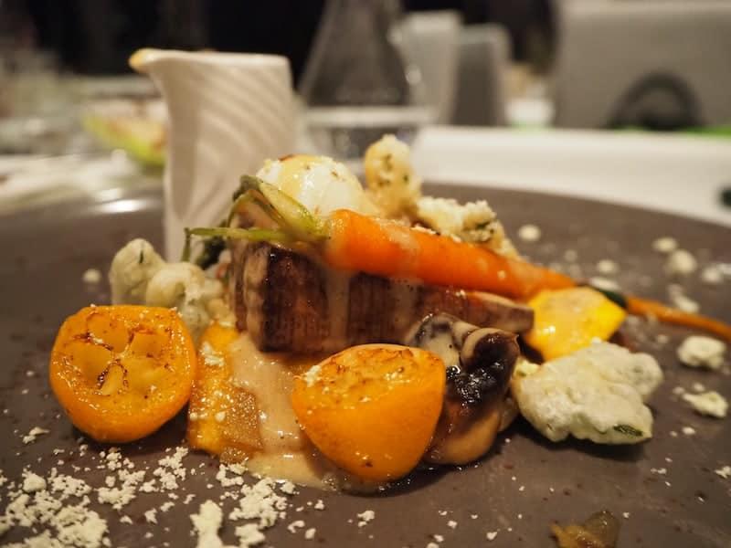 """... und vegan-vegetarischen Gerichten, so köstlich und raffiniert zubereitet dass es auch """"Allesfressern"""" wie mir an nichts fehlt!"""