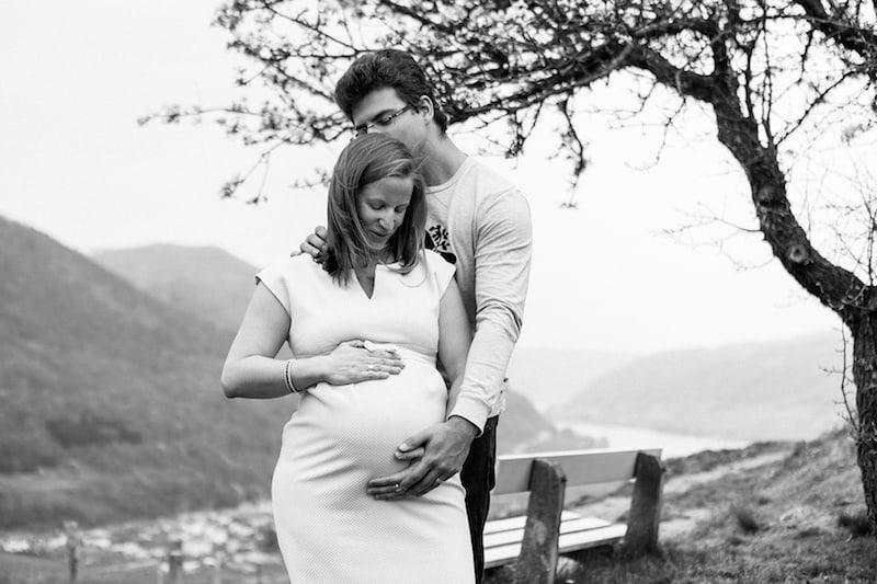 Eindrücke einer ganz besonderen Lebenszeit: Bilder aus dem Babybauch-Shooting mit (c) Fotografie David Schreiber.