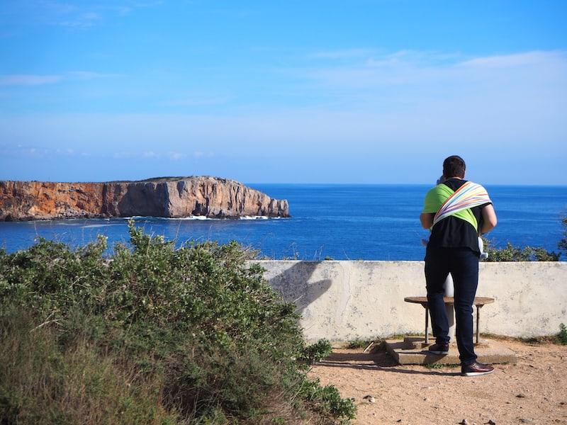 Von der Festung Sagres aus, die wir zu einem geringen Entgelt betreten, haben wir die besten Blicke auf die umliegende Küstenlandschaft ...