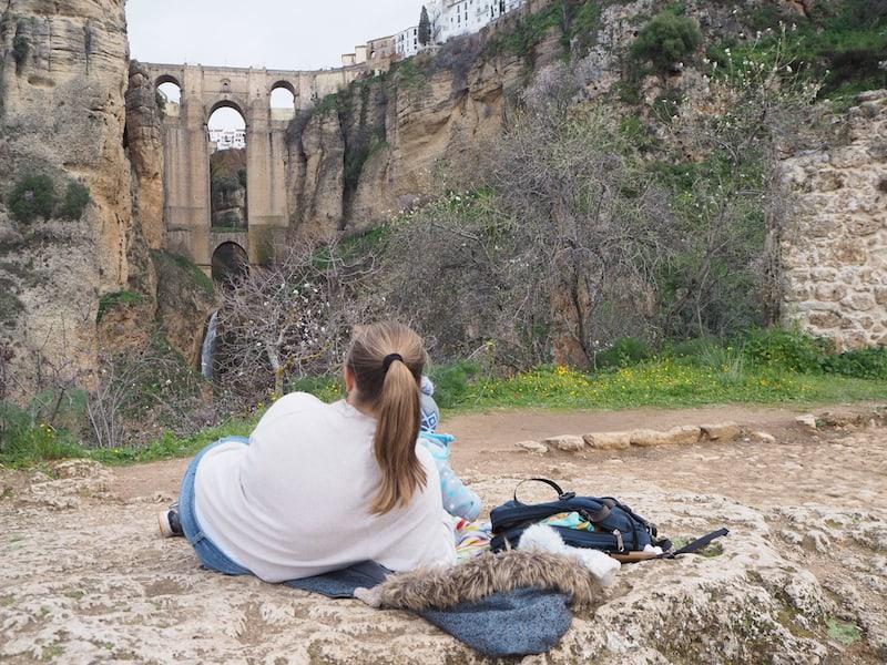 ... auch das Picknick am Fuß der Felsen haben wir uns im Anschluss redlich verdient.
