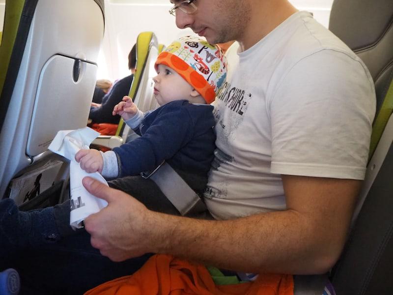 ... ein Baby das noch nicht (sehr) mobil ist, sprich krabbelt ...