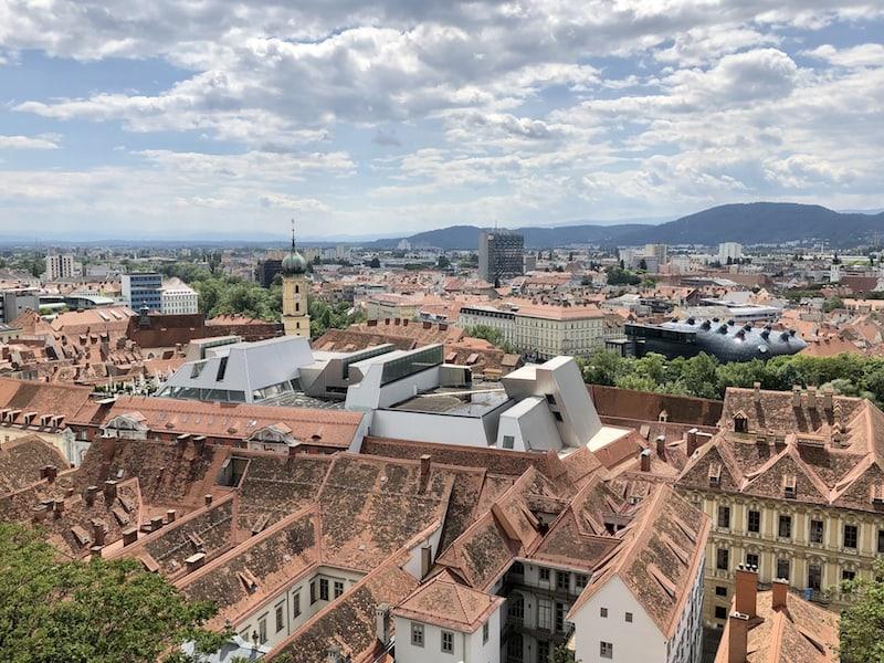 Auch die Aussicht vom Schlossberg lohnt immer wieder den Blick (und belohnt den sportlichen Aufstieg) ...