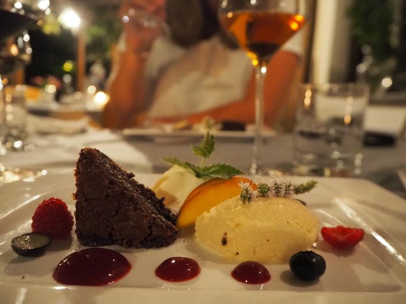 ... und abends genießen wir ein erlesenes Menü mit passender Weinbegleitung. Tischreservierung notwendig!
