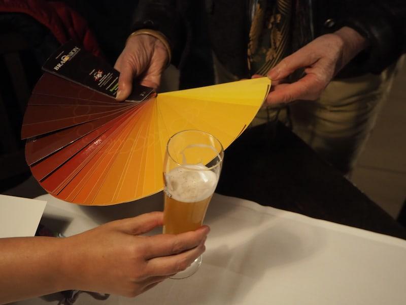 ... schon mal eine Bierverkostung an einem eigens kreierten Bierfächer probiert?