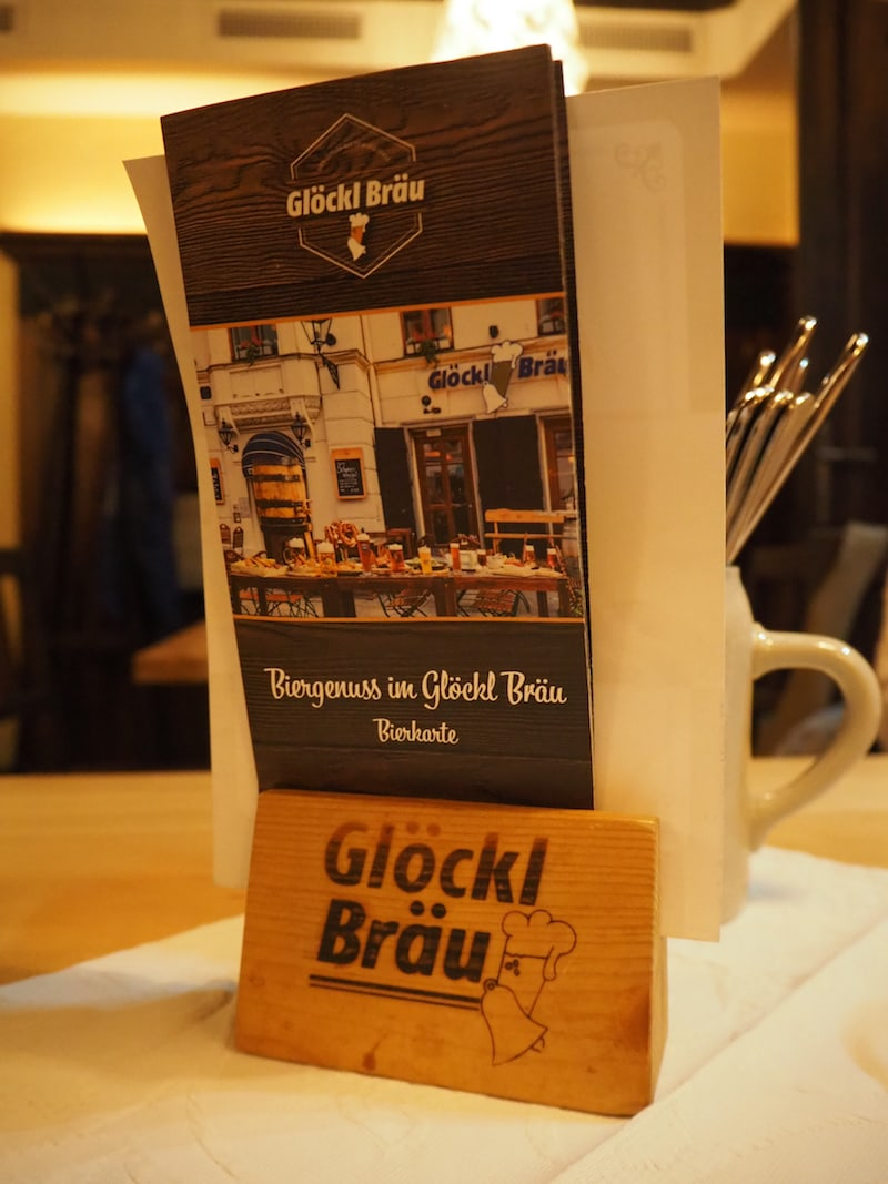 Im Glöckl Bräu schließlich endet der kulinarische Bier-Rundgang, nicht ohne vorher noch ein oder zwei berühmte Frankowitsch-Brötchen in der Altstadt aufgeschnappt zu haben ... wie gesagt: Ihr braucht vor und nach dem Rundgang nicht wirklich viel zu essen!