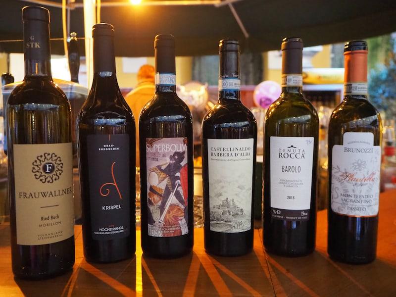 ... unter anderem empfehlen sie uns diese Weine, ausgezeichnet als offizielle Trüffelweine des Jahres ...