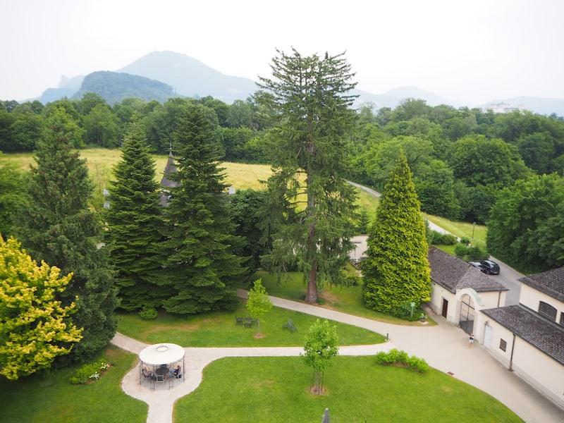Anhalten, zur Ruhe kommen: Beispielsweise beim zauberhaften Ausblick vom Dach des Johannesschlössl über den Salzburger Mönchsberg.