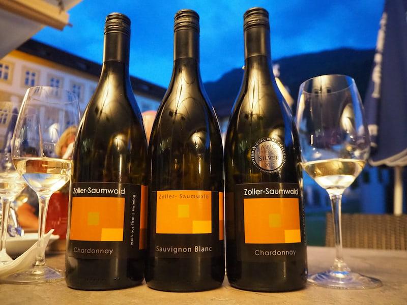 ... dazu eine Weinbegleitung von Peter Zoller, der mich mit seinem Weingut Zoller-Saumwald aufhorchen lässt: