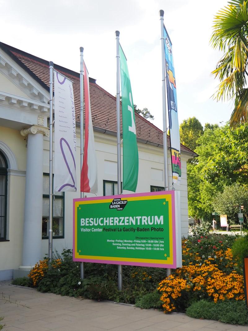 Das direkt angrenzende Besucherzentrum in Baden ist Eure beste Anlaufstelle für sämtliche Informationen rund um das Fotofestival ...