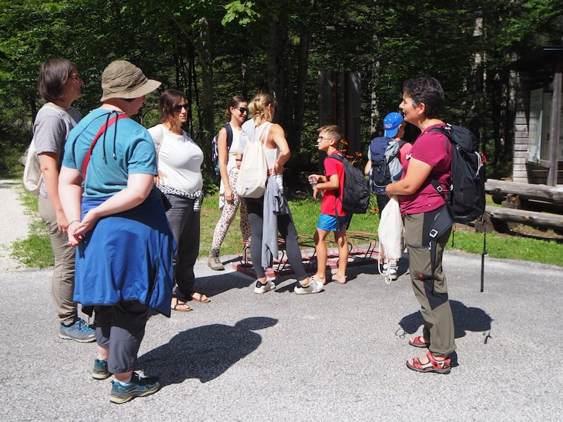 """... Antonia vom """"UNESCO Global Geopark"""" Karawanken erklärt uns alles, was wir zum Park wissen müssen ..."""